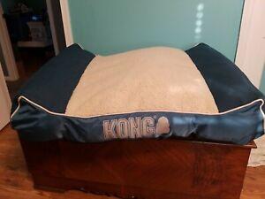 KONG Lounger Plush Pillow Dog Bed light blue *READ*