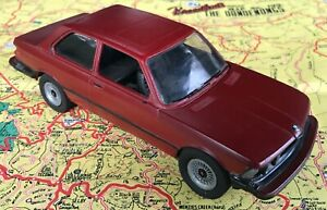 BMW E21 320i assembled plastic model kit.