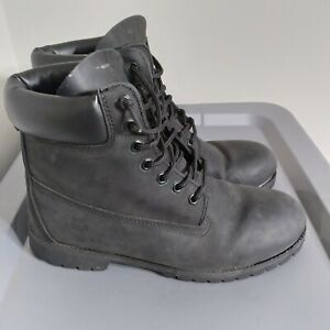 Timberland Classic Men's Size 10.5M Shoes Water Resistant Black Leather Boots