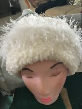 Soft White Boucle Yarn With Eyelash Trim Hat