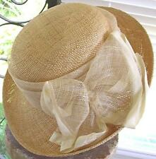 BETMAR NATURAL STRAW CLOCHE STYLE HAT SPUN NETTING BAND BOW ROLLED BRIM