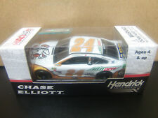 Chase Elliott 2017 Little Caesars #24 Chevy SS 1/64 NASCAR Monster Energy Cup