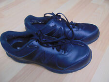 New Balance Men's Black Walking Tennis Shoes Size 9.5 4E Wide MW411BK2