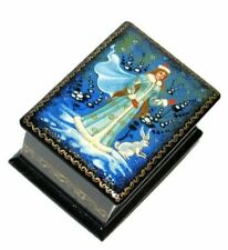 Snow Maiden Mstera Russian Hand Crafted Miniature Keepsake Artisan Lacquer Box