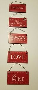 "Valentine's Day Hanging Signs, Indoor Home Decor approx 3.75"" x 2"" (Lot of 5)"