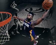 "ZION WILLIAMSON Autographed Pelicans ""Dunk"" 16"" x 20"" Photograph FANATICS"