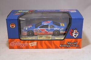 Revell NASCAR Diecast Car 1:43 Terry Labonte #5 Kellogg's 1997 Monte Carlo