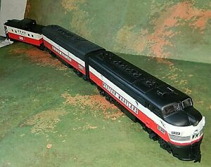 Life-Like Diesel A&B Trainset ~ WESTERN MARYLAND ~#402- RARE CUSTOM PAINTED - HO