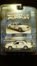 Greenlight Hot Pursuit FBI Police 2011 Ford Crown Victoria Interceptor Series 10