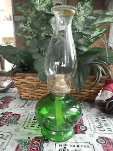 VINTAGE OIL LAMP/ GREEN BASE/CLEAR GLASS FLUTE