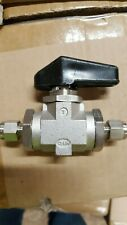 Tylok Tyflo 1/4-IN Compression Ball Valve Stainless 1/4turn (Looks Used)