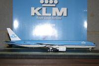 JC Wings 1:200 KLM Boeing 777-300ER PH-BVK '95th' (XX2345) Die-Cast Model Plane