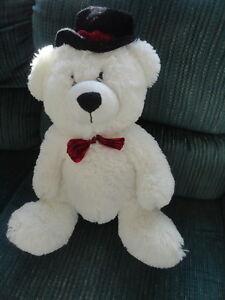 """NWOT Kids of America SUPER Soft 17"""" High White Stuffed Bear"""
