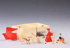 Geschenkbox mit Weihnachtsmann, Rehe, Bäumchen-handgeschnitzt-Erzgebirge