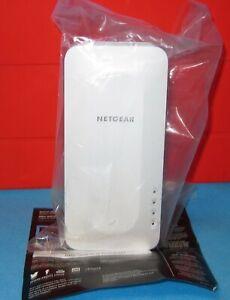 Netgear AX1800 EAX15 WiFi 6 Signal Range Extender 4 Stream Mesh Wireless Network