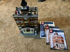 LEGO Creator Town Hall (10224) manuals excellent used