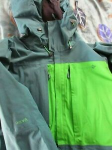 Norrona Herren Jacke Narvik Gore-Tex 2l Jacket (M) Blue-Grass Kapuze 2XL (XXL)