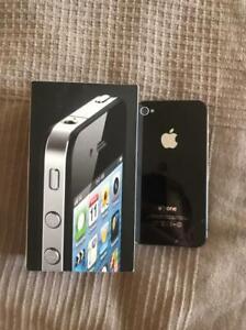 Apple iPhone 4 - 8GB - Black (Unlocked) A1387 (CDMA + GSM)