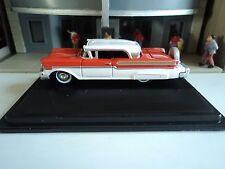 Oxford  1957  Mercury Turnpike   Fiesta Red / Classic White   1/87   HO  diecast
