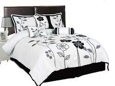Betten mit Matratze in Grau