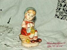 Antique LITTLE COUNTRY GIRL 1940s Occupied Japan Full Figure CERAMIC Statuett