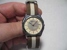 USSR POLJOT 2460 quartz wristwatch with calendar and nice silvery-beige dial !