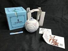 LLadro 1990 Christmas Bulb / Ornament Porcelain Made in Spain ~ Model #5730