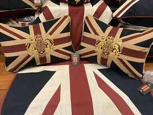 Union Jack / Uk Tapestry Royal Crest Pair Of Cushions By Woven Magic ( 12x18 T/d