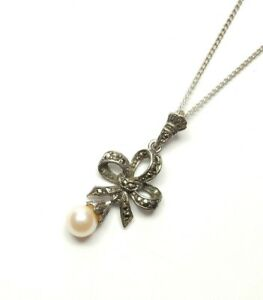 """Vintage Silver Marcasite & Pearl Pendant With Chain Bow Design 4.2g 21"""""""