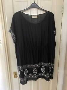 Ann Harvey Black/White Longline Tunic Top Size 24 Excellent Condition