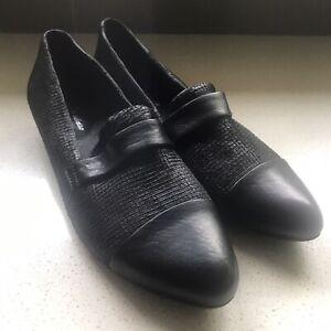 NEW Django & Juliette Shoes Loafers Sz 41 Leather Upper Black Pick Up Av Blackbu