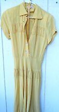 VINTAGE 1940'S WOMENS GOLDEN RAYON  FABRIC DRESS W/BELT SZ SMALL ( 4) USED