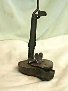 PETITE LAMPE à HUILE ANCIENNE METAL COEUR