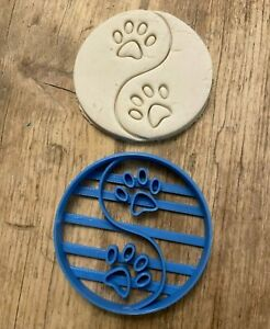Ying Yang Paw Print dog cookie cutter, biscuit cutter, cute animal cutter