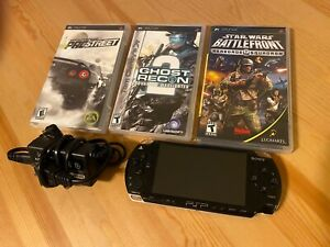 Sony PlayStation Portable (PSP-2001) Black w/ charger, memory sticks, 3 games