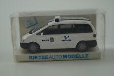 Rietze Modellauto 1:87 H0 Ford Galaxy Police Belgien