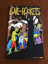 LOVE AND ROCKETS # 3 NEAR MINT FANTAGRAPHICS 2001 JAMIE GILBERT HERNANDEZ