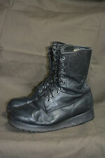 Used Canadian military combat boots size 8 1/2 E ( z-40 )