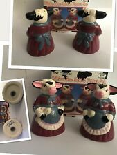 vtg 95 new Kitchen Cow in Apron Salt & Pepper shakers Ceramic Hermitage Pottery
