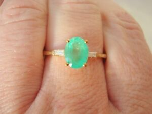1.30ct Top Quality Colombian Emerald & Diamond Gold Ring