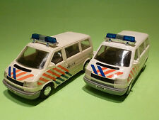MADE IN CHINA 2x VW VOLKSWAGEN TRANSPORTER BUS - POLITIE - VERY GOOD CONDITION
