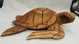 Vintage hand carved (suar?) wood sea turtle. Approx 21cm long