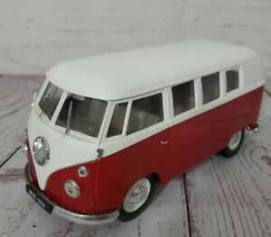 1966 VW Combi Bus Red 1/19 Scale Diecast Model Solido