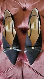 SHOES - Louise et Cie Women's Black Pointy Toe Flats Size 7M, Pre-owned