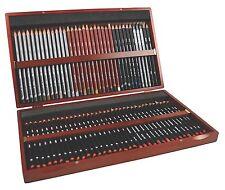 Derwent Sketching Pencils 72 Wooden Box - New Style