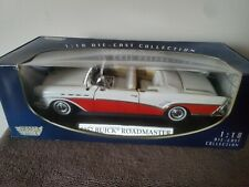 1:18 Scale Motor Max 1957 Buick Roadmaster Convertible Red