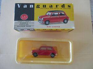Red/black Mini Cooper Model No. VA25000 1:43 As NEW Never Displayed