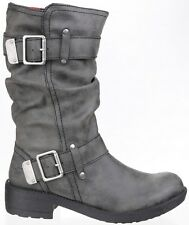Rocket Dog Trumble Stivaletti marroni Era 74.99 ora 34.99 Nero 36