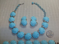 Vintage Lisner Sky Blue Clam Shell Parure Choker Bracelet Earrings Pristine