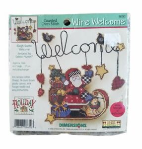DIMENSIONS DEBBIE MUMM Sleigh Santa Wire Welcome Counted Cross Stitch Kit 2000